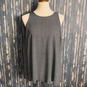 Black and white large Old Navy tank top